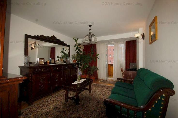 CGA Home Consulting presents a 3 rooms in the Universitate area. More details on: http://www.cgahome.ro/proprietati/apartament-de-vanzare-in-zona-universitate-decomandat-id-54/
