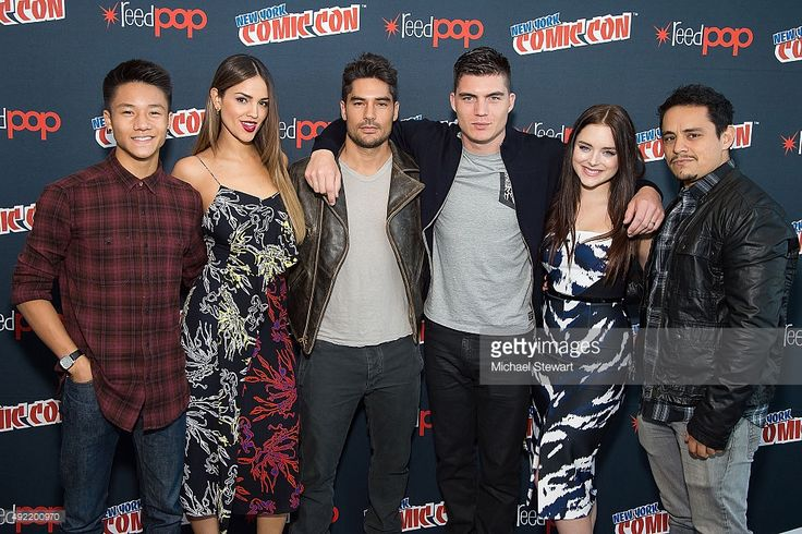 (L-R) Actors Brandon Soo Hoo, Eiza Gonzalez, D.J. Cotrona, Zane Holtz, Madison Davenport and Jesse Garcia pose in the press room for Marvel's 'From Dusk till Dawn: The Series' during New York Comic-Con Day 3 at The Jacob K. Javits Convention Center on October 10, 2015 in New York City.  (Photo by Michael Stewart/Getty Images)