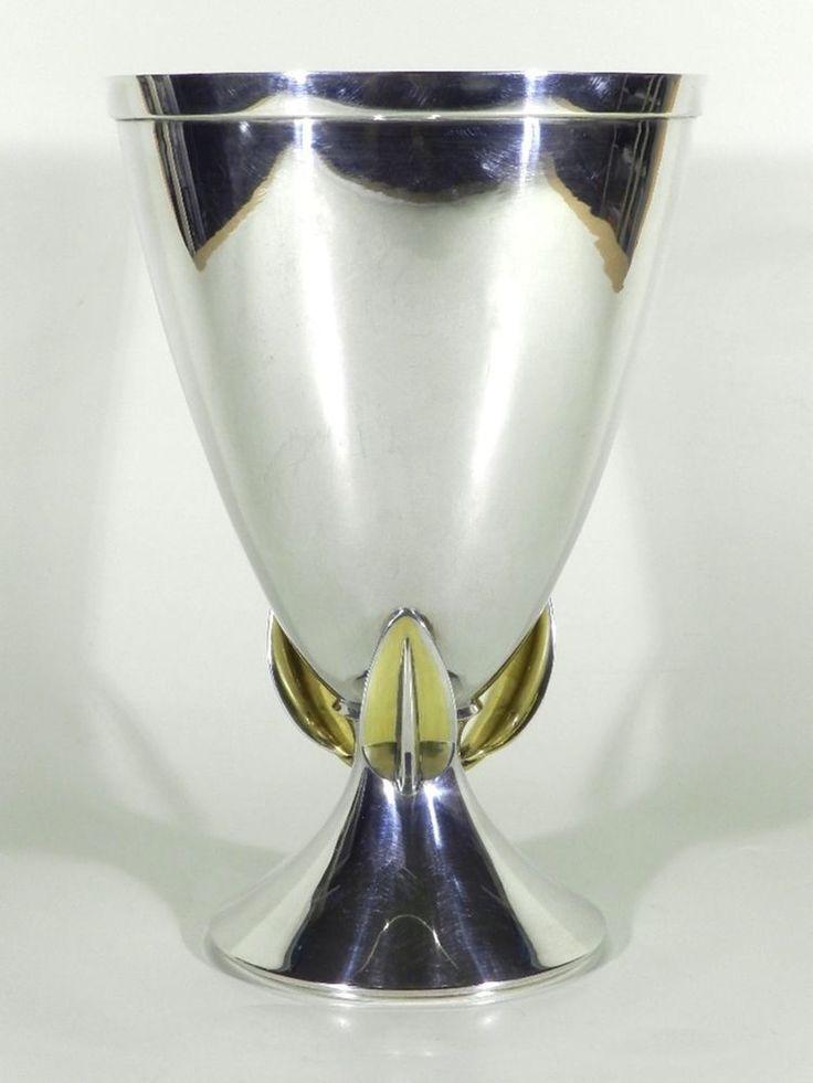 25 best ideas about vase silber auf pinterest. Black Bedroom Furniture Sets. Home Design Ideas
