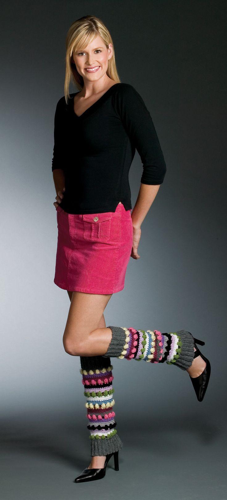 Colorful leg warmers - free crochet pattern. Good for scraps!