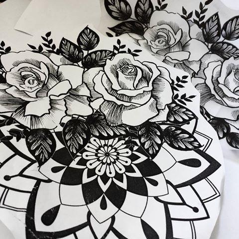 #projekt #czarne #róże i #mandala #tatuaż #kropki #kreski #black #blackwork #linework #dotwork #boldlines #onlyblackart #darkartists #FORMink #blackworkerssubmission #flashworkers #roses #halfsleeve #sketch #micronart #flash #picoftheday #zg #zielonagora #poland