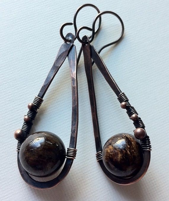 1000 images about hammered earrings on pinterest copper for Hammered copper jewelry tutorial