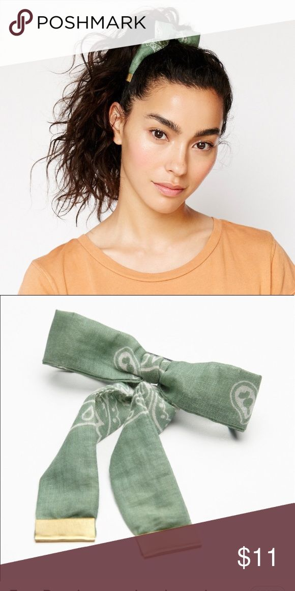 Free People green bandana hair bow New with tags. Bundle 3+ for 20% off 😊💗 Free People Accessories Hair Accessories