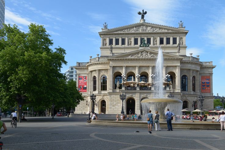 Alte Oper. Frankfurt, Germany