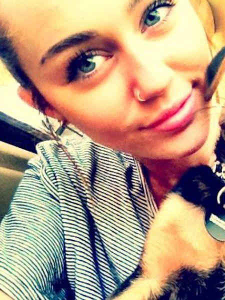 Miley Cyrus Nose Ring | マイリー・サイラス(Miley Cyrus)が鼻ピアス!
