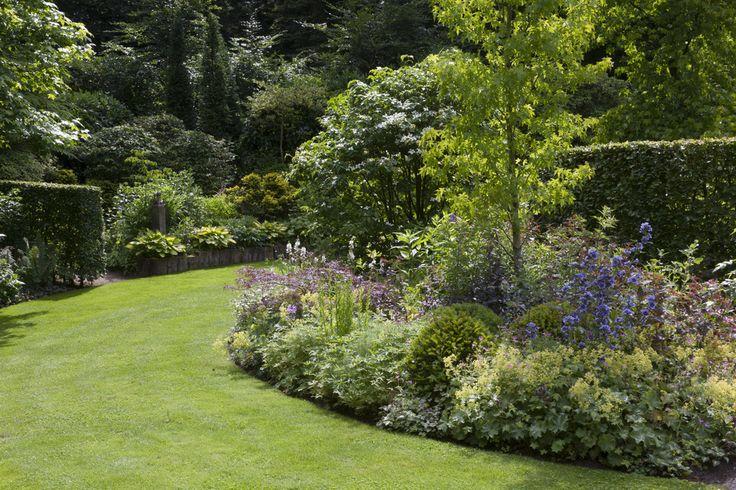 Tuin ronde vormen google zoeken tuinidee n pinterest for Tuin inrichten planten