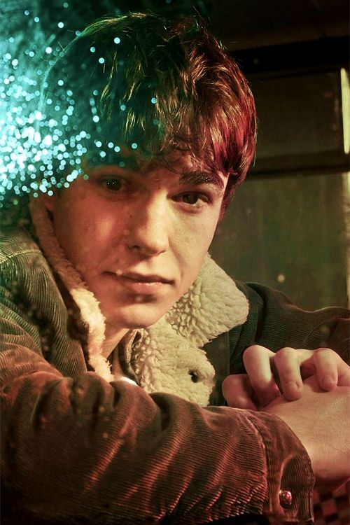 Probably wouldn't even find this guy that attractive if his character wasn't such a cutie patootie in the show <3 Nico Mirallegro is Finn in My Mad Fat Diary