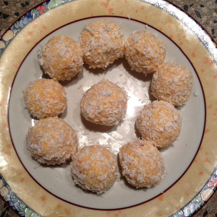 Nyers sárgabarack golyók (nyers vegán és paleo sütemény recept) ~ Éhezésmentes Karcsúság Szafival