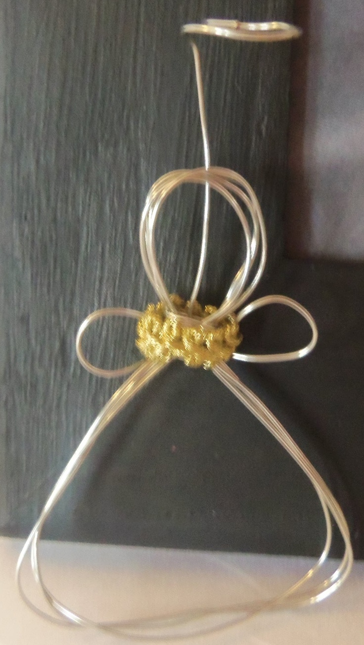 wire angel, first one made..... not too bad, lol!