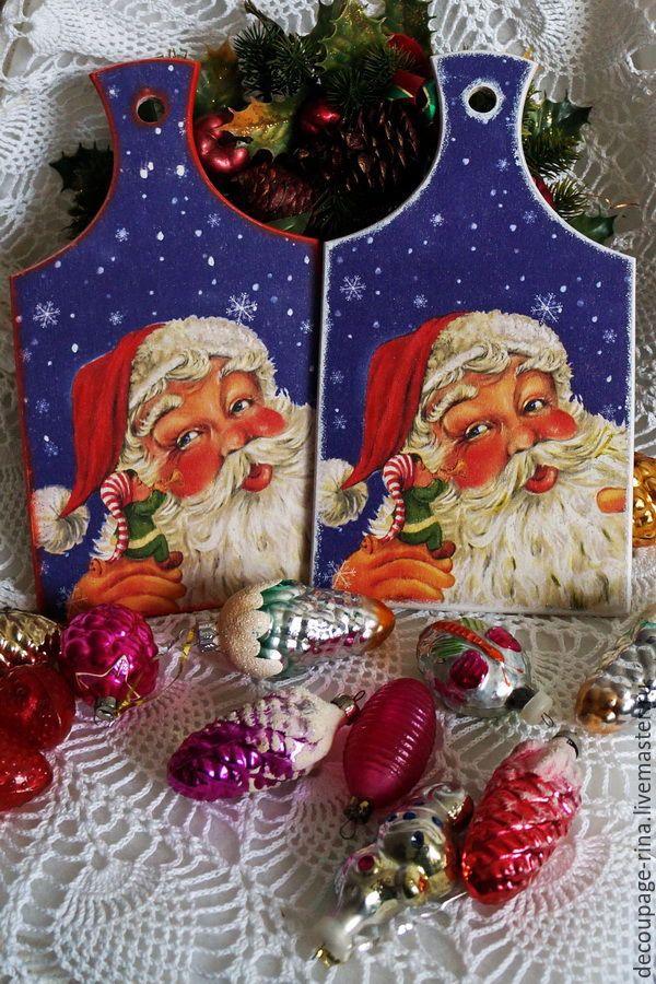 Купить Доска кухонная разделочная Веселый Санта - комбинированный, доска разделочная, доска разделочная декупаж