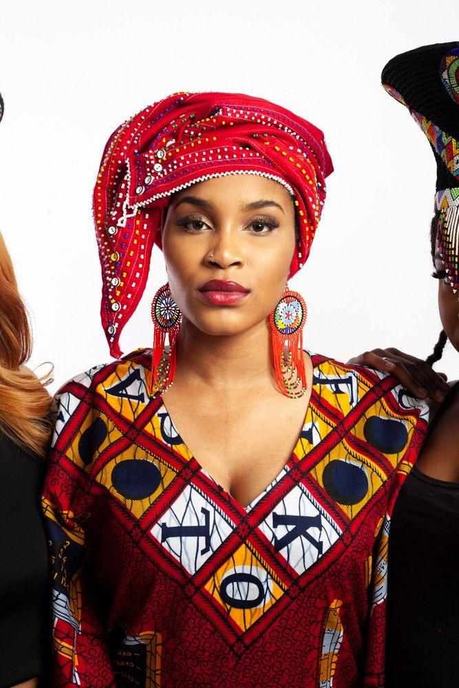 Beaded Doek , Headwrap. Winne Mandela style in 2019