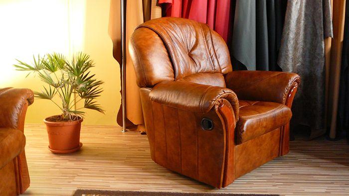 A Malaga bőr kanapé és fotel ideális azoknak, akik a könnyed eleganciát kedvelik, és lételemük a kényelem!