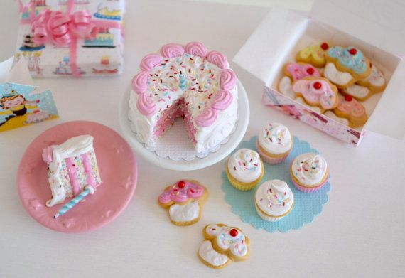 1:6 Scale Miniature Vintage Birthday Cake Set by SweetPetiteShoppe