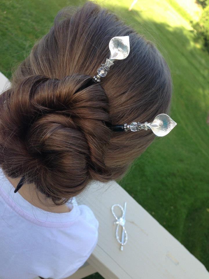 The beautiful June Calla Lily hair sticks and flexi! http://www.lillarose.biz/beautifullife