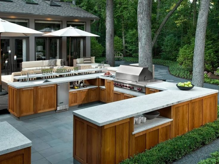 Beautiful Outdoor Kitchen Picture