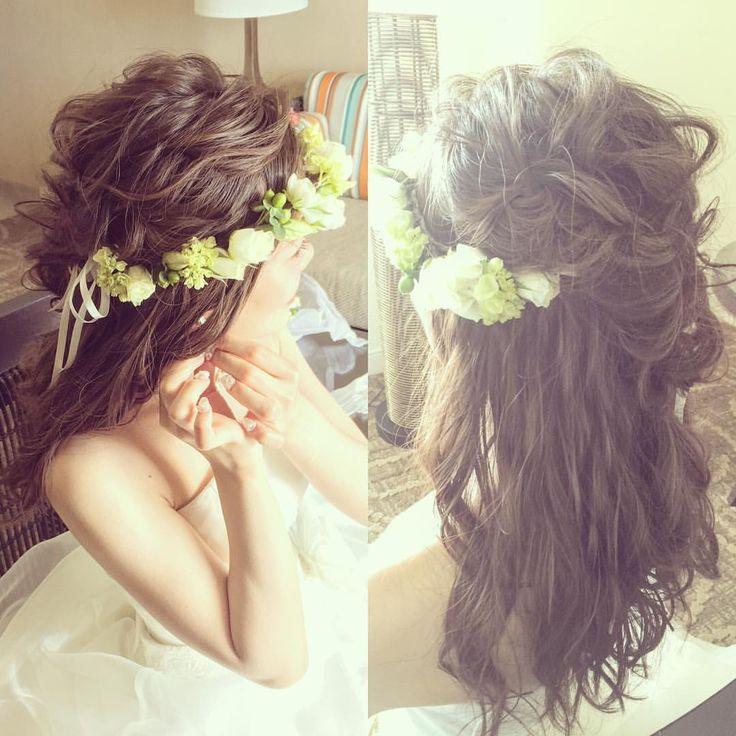 Today's bride ほんじつのお嫁さま、ハクレイ・ダウンヘアスタイルにて挙式です♡ トップはカジュアルアレンジ. ハワイらしくラフな雰囲気満載!! #kumikoprecious #hawaii #hawaiiwedding #wedding #weddinghair #hair #hairmake #hairstyle #hairarrange #loose #ハワイ #ハワイ挙式 #ハワイウェディング #ウェディング #結婚式 #花嫁 #プレ花嫁 #おしゃれ花嫁 #ヘアメイク #ヘアスタイル #ヘアアレンジ #ルーズ #波ウェーブ #花かんむり #ハクレイ