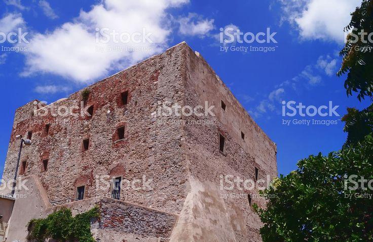 https://secure.istockphoto.com/photo/medicean-fortress-of-piombino-gm522478106-91655249