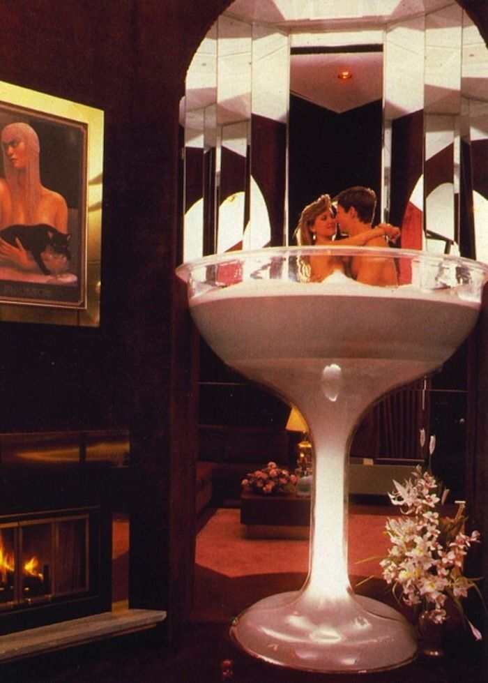 Champagne Glass Hot Tubs At Cove Haven Resort In Marshall Pa Romantic Hotel Rooms Romantic Hotel Hotels Room