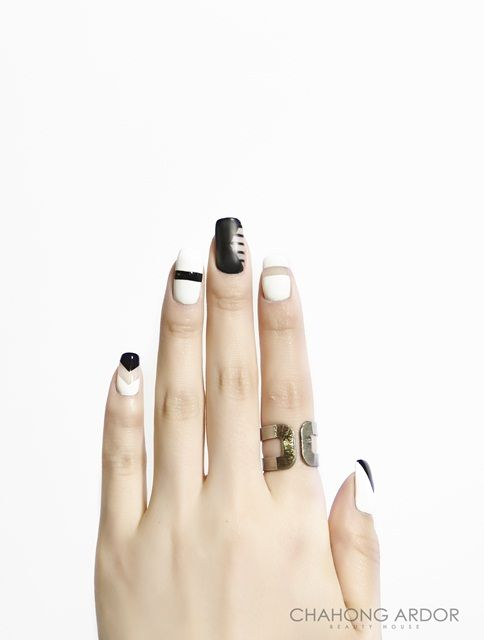 The Butterfly Effect #nailart #nail #beauty #chahongardor