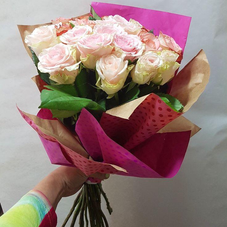 Поздравительный букет из роз, букет роз в Киеве #букет #букетроз #букеткиев #букетпоздравительный