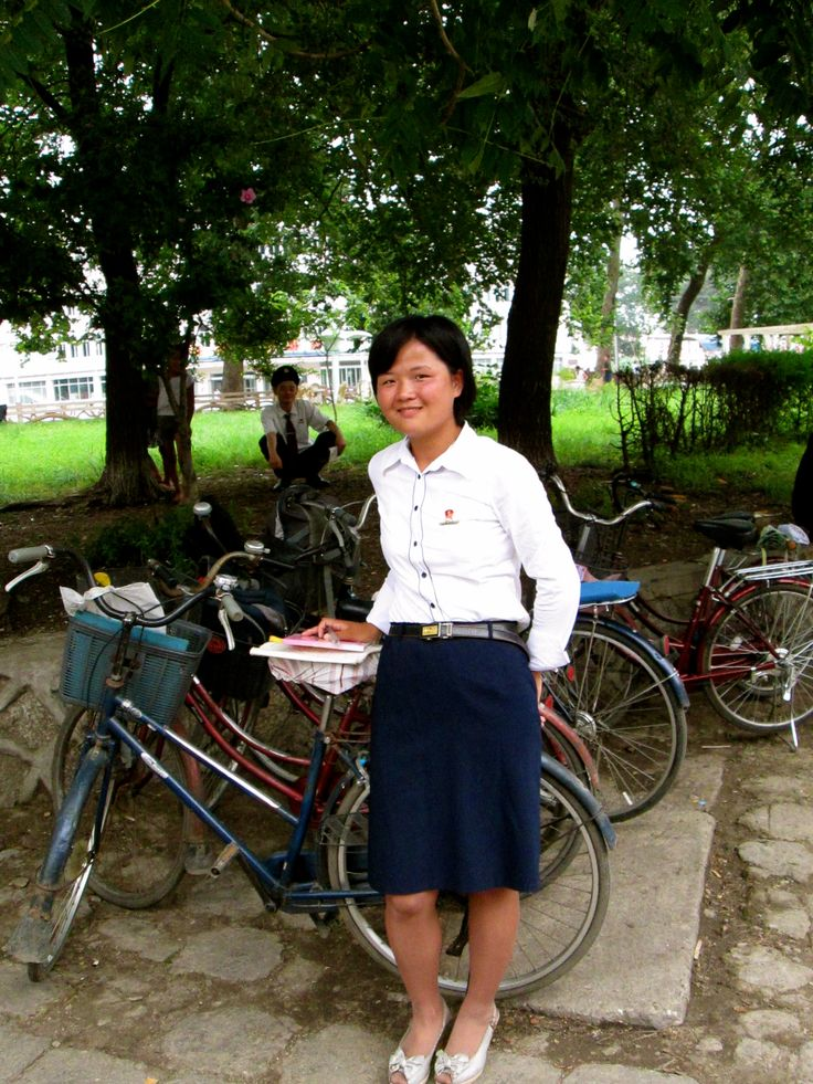 People in the countryside of North Korea are a lot friendlier and smilier than people in the capital Pyongyang