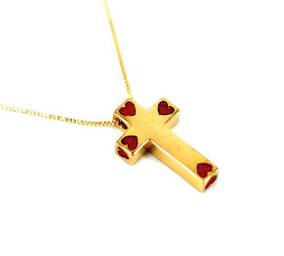 純金とセラミックで作られた赤いハートが入ったクロスのアイテムです。男と女、互に惹かれあっていても、なかなか想いを打ち明けることは難しいですね。ちょっと勇気を出...|ハンドメイド、手作り、手仕事品の通販・販売・購入ならCreema。