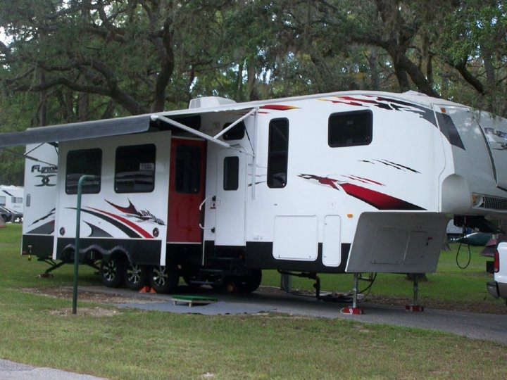 Used Fifth Wheel For Sale Cleveland Tx >> 47 best images about Keystone Fuzion Toy Haulers on Pinterest