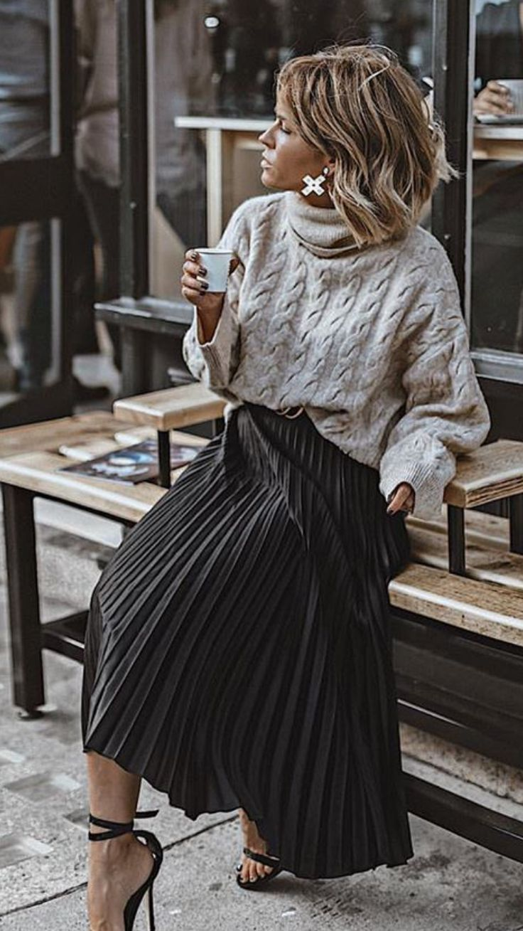 Winter outfit | skirt | white sweater – #jupe #Out…