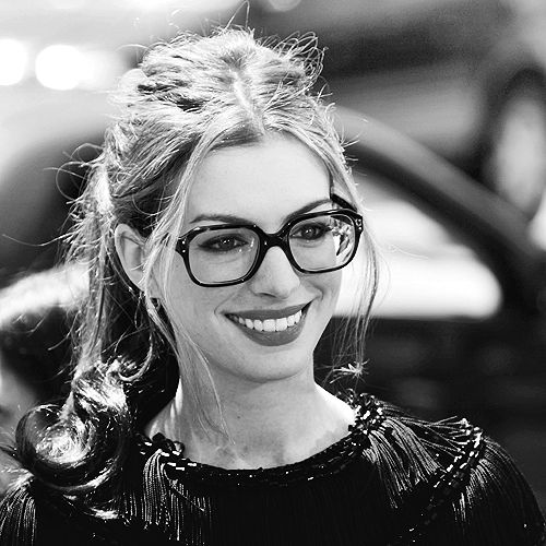 This could be my favorite picture of anne hathaway