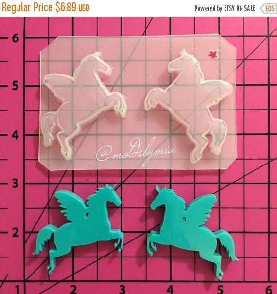 Ehi, ho trovato questa fantastica inserzione di Etsy su https://www.etsy.com/it/listing/256079951/on-sale-sale-unicorns-flexible-plastic