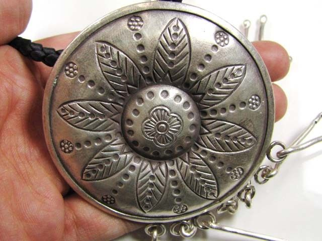LARGE THAI HILL TRIBE SILVER PENDANT  199 CTS GTT 1654 silver jewelry ,silver necklace  silver