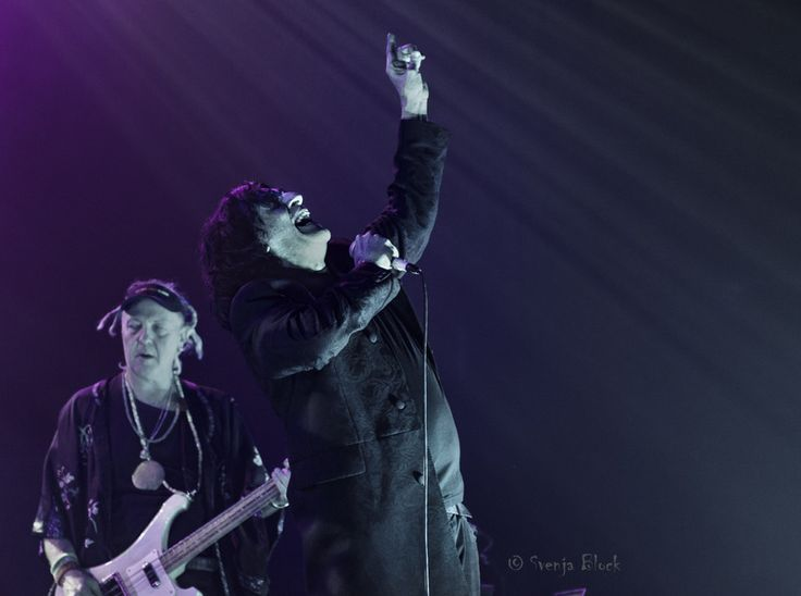 Killing Joke : Brixton Academy : photo review plus 10 thoughts during the gig - Louder Than War  http://louderthanwar.com/killing-joke-brixton-academy-photo-review-plus-10-thoughts-gig/