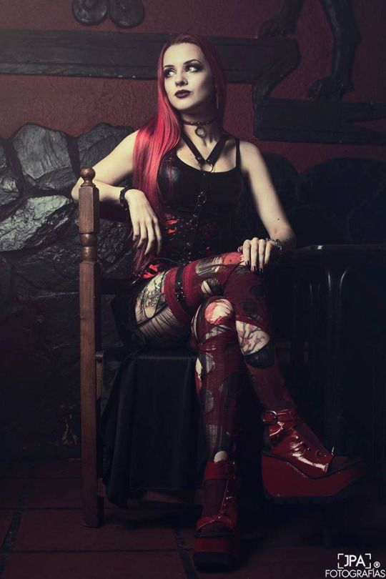 Gothic and Amazing   Model & MUA: Señorita Klaha Photo: JPA Fotografias