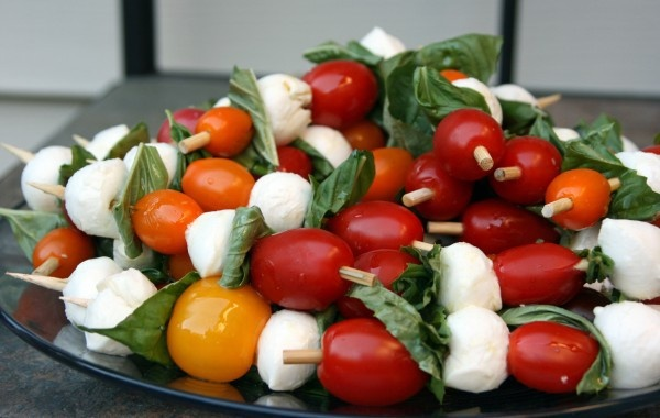 caprese salad on a stick | Mini Food | Pinterest