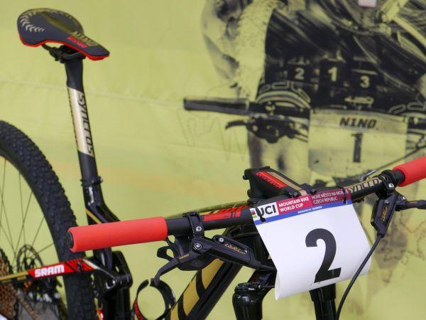 XC Pro Bike Update (deja vu): World Cup winning & World Champ Nino Schurter's Scott Spark RC - Bikerumor