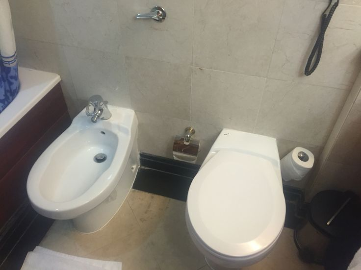 Iranian style 5*, hidden flush and a magnificient bidet! #esteghal #sitandpush