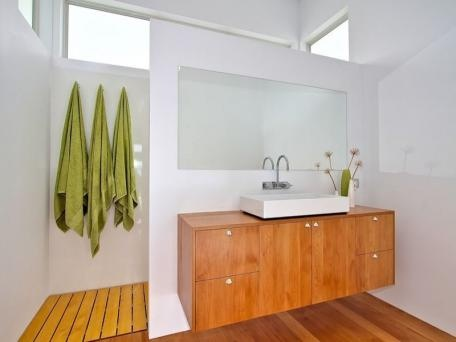 Beachy bathroom-Love the layout and the modern style. It could use a touch more personality around the mirror.