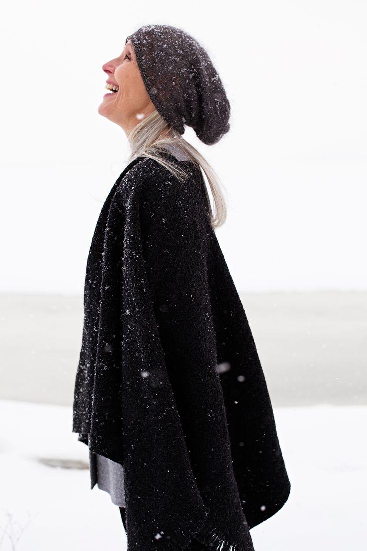 We love winter! CORONA UNI poncho in 100% wool. Design by Marja Rautiainen, woven in Finland by Lapuan Kankurit.