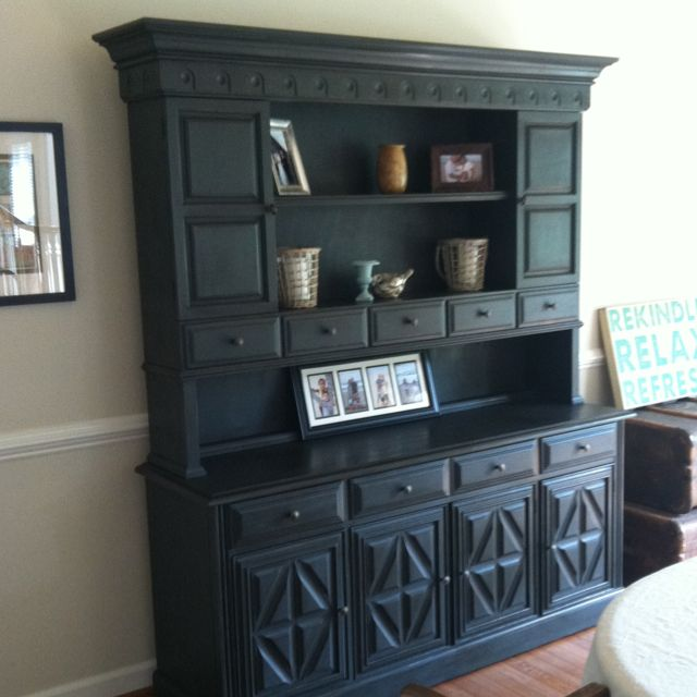 Done! Annie Sloan Graphite chalk paint and my neutral dining room.