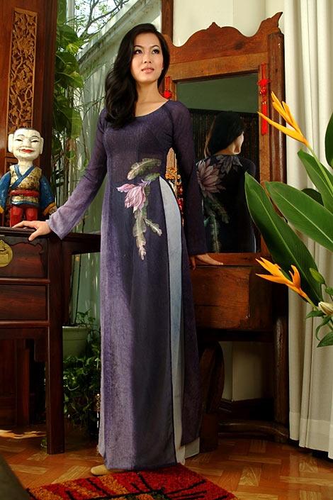 Vietnamese traditional dress