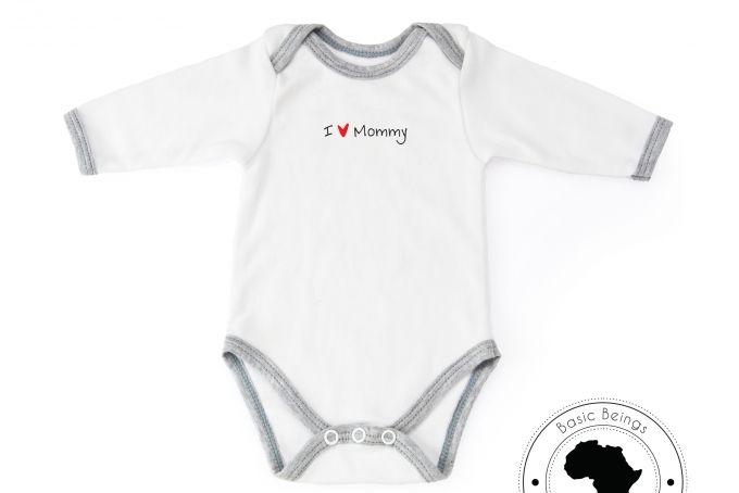 Onesie I 'heart' Mommy by Basic Beings
