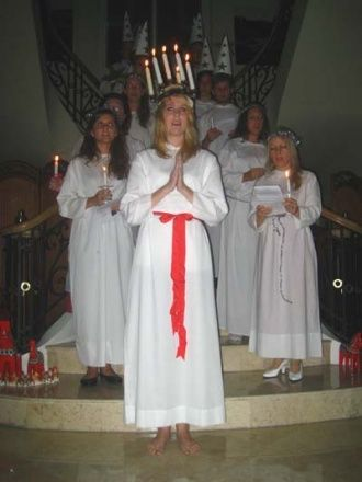 17 best images about santa lucia on pinterest other countries nursing homes and patron saints. Black Bedroom Furniture Sets. Home Design Ideas