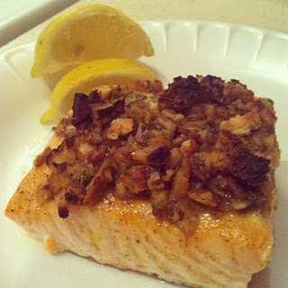 Pecan Crunch Salmon Bake #fish #dinner #salmon