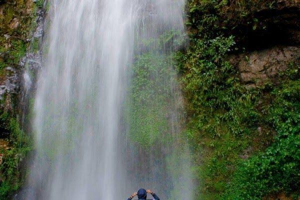 13 Pemandangan Air Terjun Yg Indah Air Terjun Yang Punya Pesona Indah Di Aceh Download 19 Ide Terkini Pemandangan Air Terjun Y Air Terjun Pemandangan Air