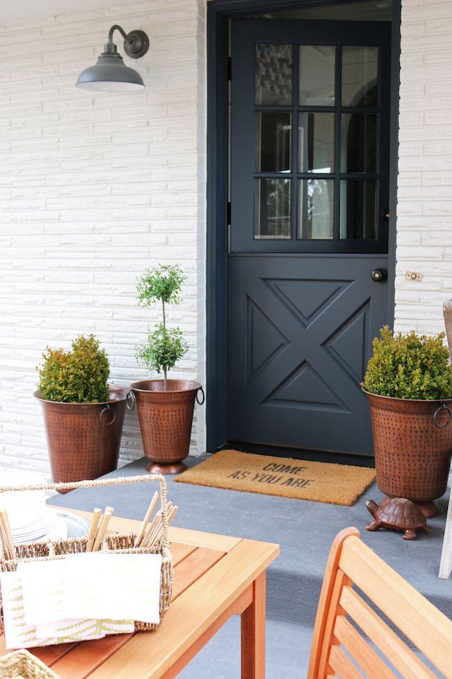 Best 25 side door ideas on pinterest side porch for Side entrance porch designs