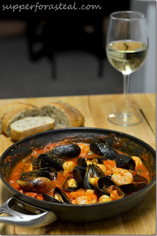 Portuguese Mussels and Shrimp in Chorizo Sauce | Happy Birthday #SundaySupper by @Supper for a Steal