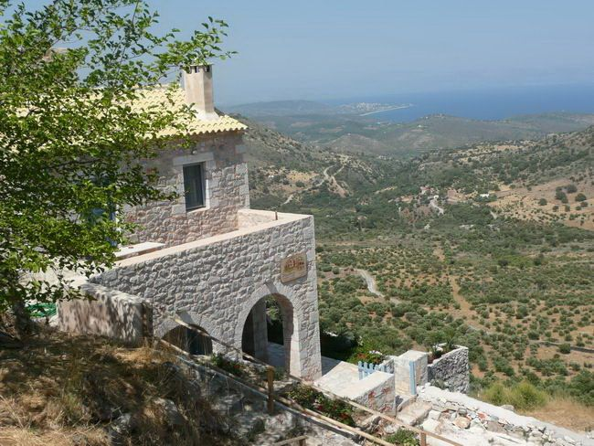 PHILOTHEA Charming studios & apartments | #Peloponnese #Lakonia #Greece #GuestInn