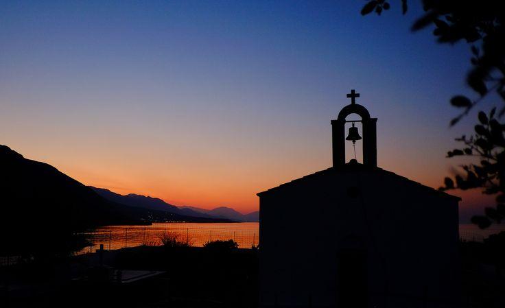Un coucher de soleil en #Crète. #Grèce