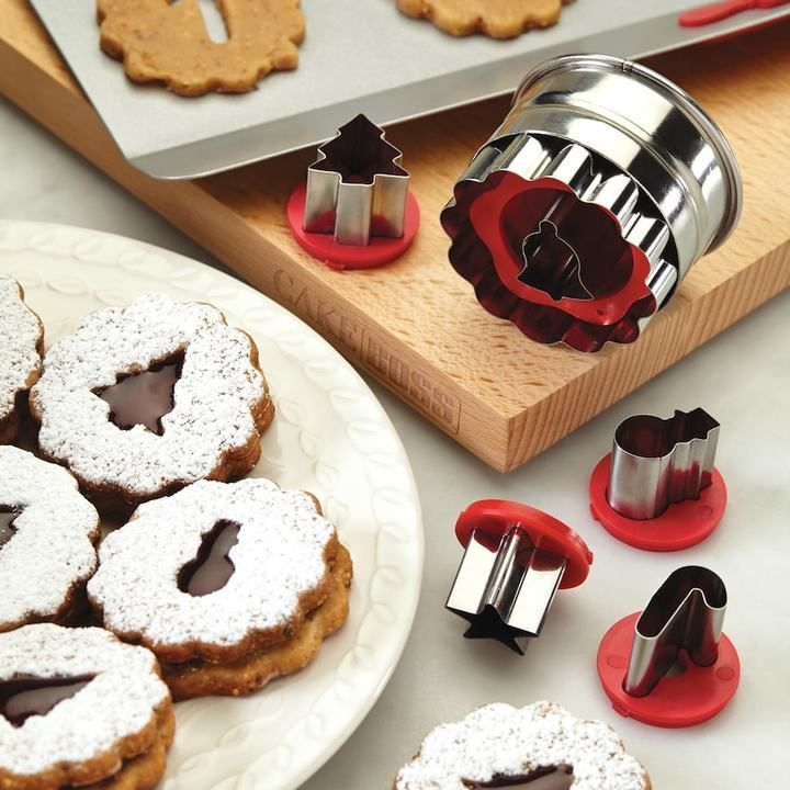 Cake Boss Decorating Tools 6-pc. Holiday Linzer Cookie Cutter Set This would be very cool. #holidays #shopping #loveit #ad