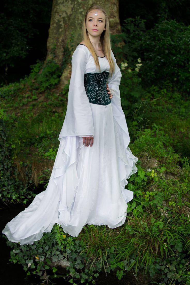 Favori Les 25 meilleures idées de la catégorie Robes de mariée médiévales  YR59